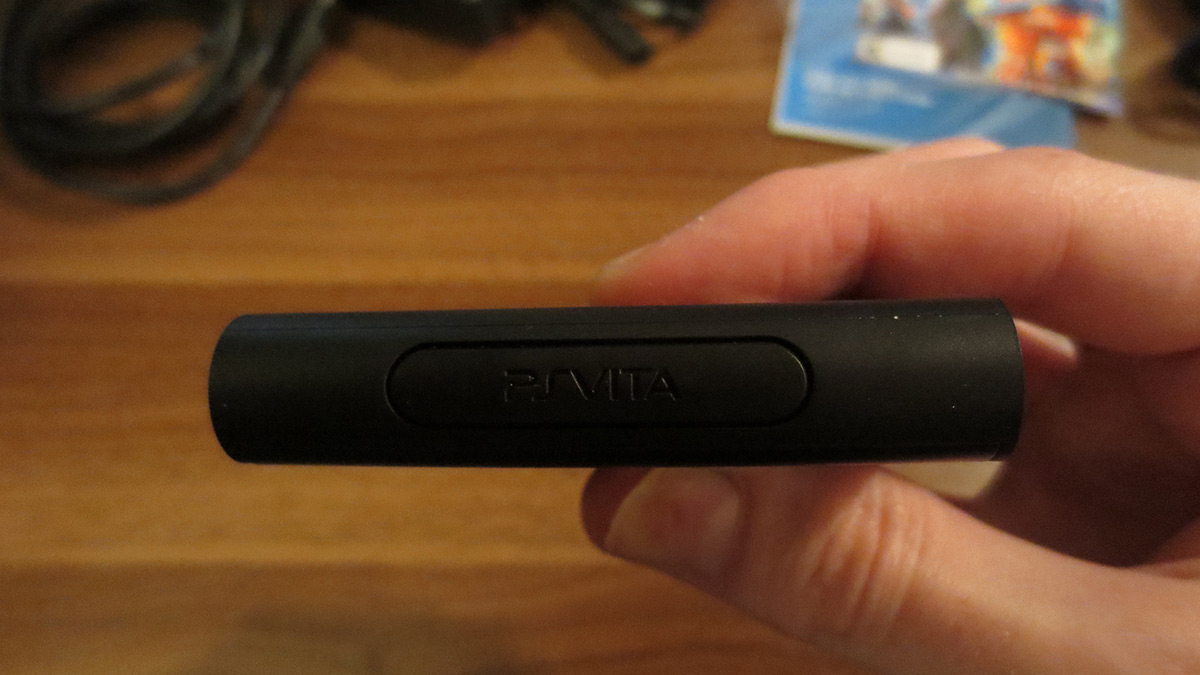 how to open ps vita game slot